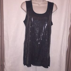 Simply Vera Vera Wang top.  Sequins on front